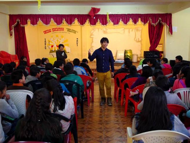 青年海外協力隊OBによる環境教育の様子