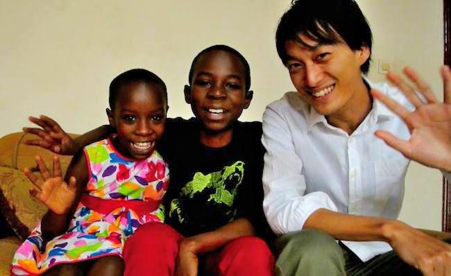 ルワンダの子供とタケダノリヒロさん
