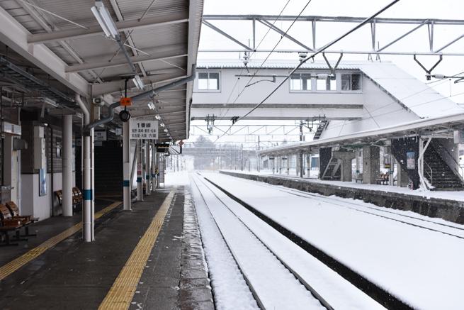 黒姫駅のホーム
