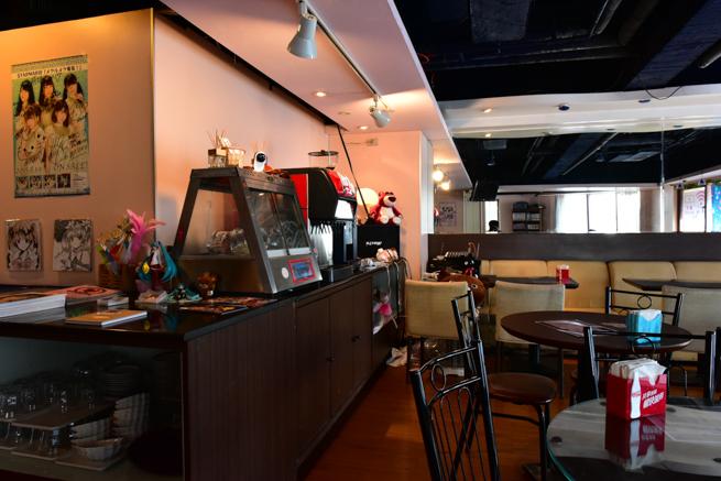 台湾のメイドカフェはドリンクバー付き