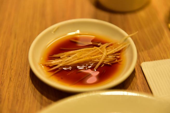 鼎泰豊の生姜と小籠包のタレ