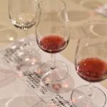 ワイン初心者のための勉強法!白ワインと赤ワインの製造方法、ブドウ品種の特徴、海外の有名産地、保存温度、マリアージュ、テイスティング方法