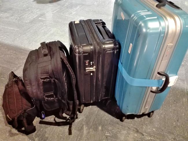 海外旅行のスーツケース