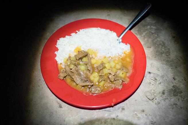 アウヤンテプイトレッキングの2日目の夕食