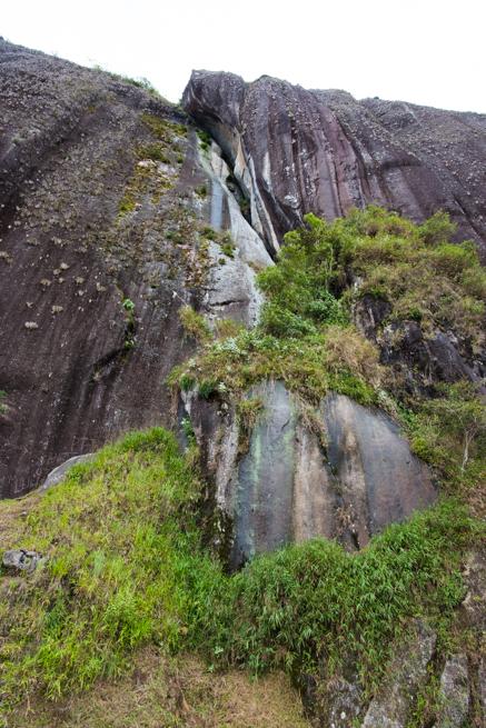 コロンビアの巨石の表面