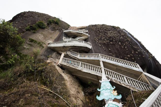 巨石の階段