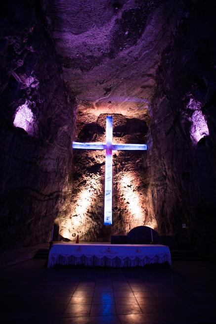 コロンビア・シパキラの塩の教会の最深部