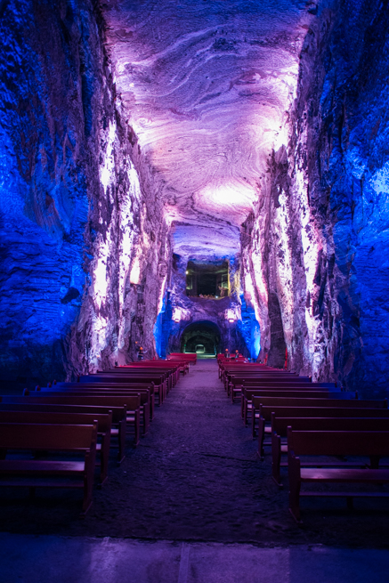 コロンビア・シパキラの塩の教会の奥