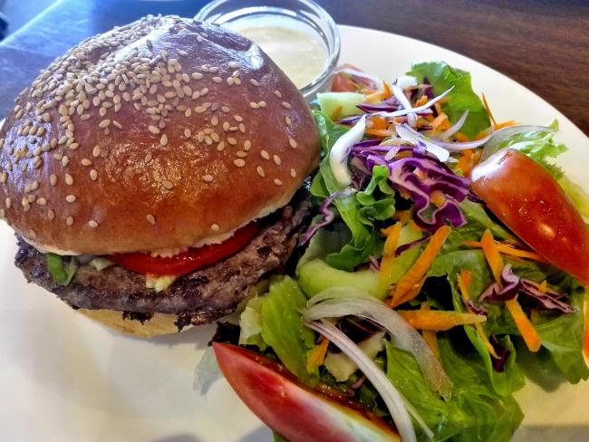ナイロビJAVA HOUSEのハンバーガー