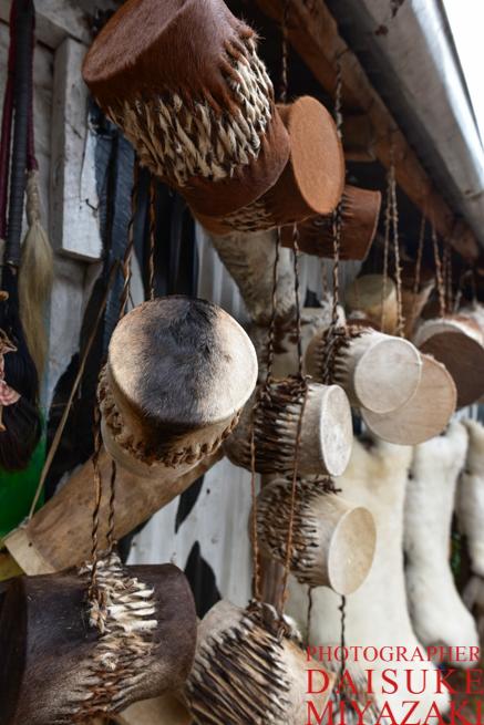 ケニアの毛皮の楽器