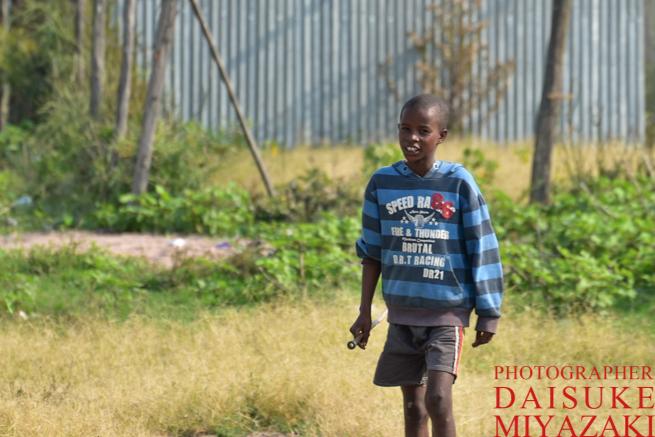 マサイマラ国立公園の少年