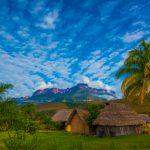 ベネズエラの観光地アウヤンテプイでトレッキングツアー!カナイマ国立公園から行ける