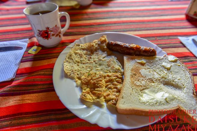 マサイマラ国立公園ツアー2日目の朝食