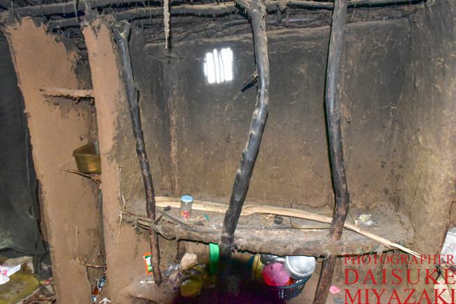 マサイ族の家の内部