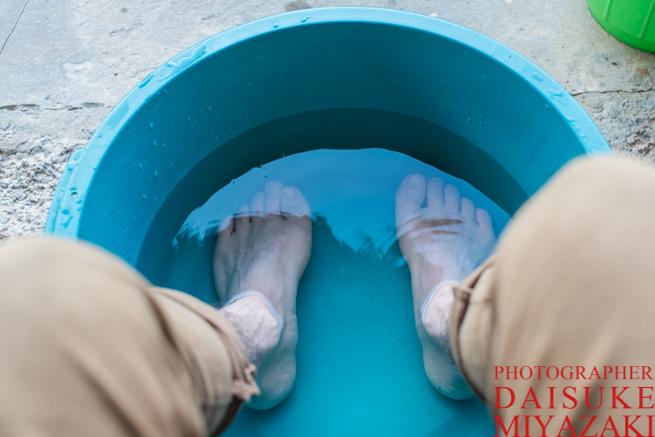 足湯をする