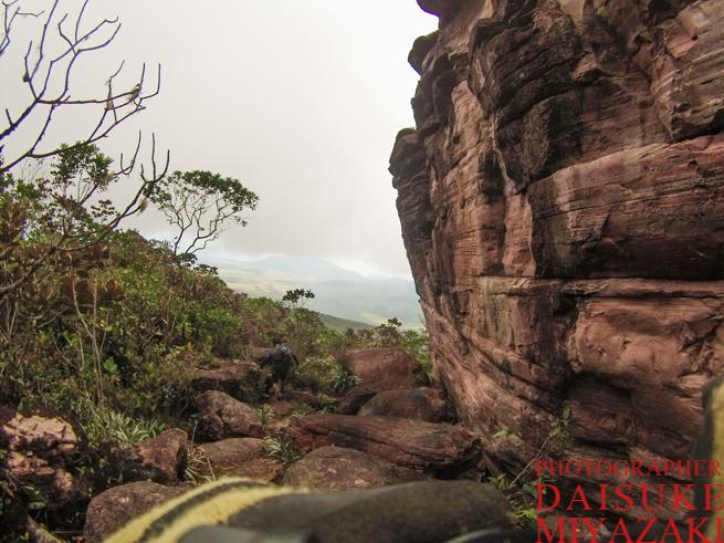 アウヤンテプイの巨石