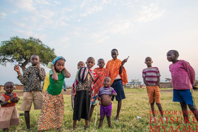 マサイ族の村で出逢った子供