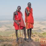 マサイ族の視力は驚異的!マサイ村滞在3日目に登山したら隣の山まで見通した