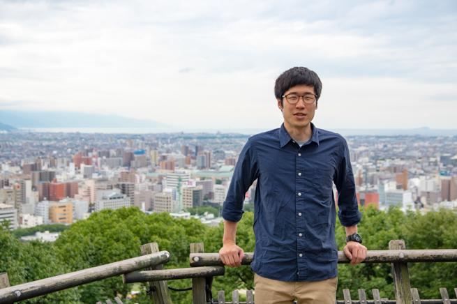 松山城で写真撮影