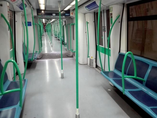 マドリードの地下鉄の中