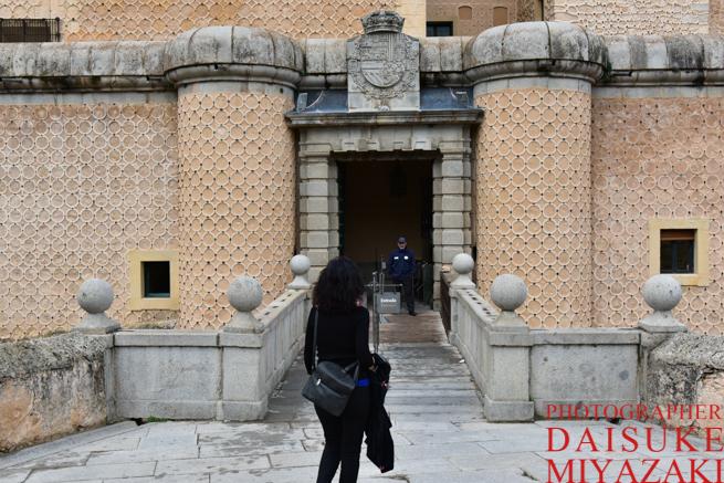 セゴビアの白雪姫城へ入る