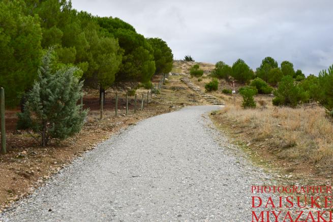 セゴビア城の絶景撮影ポイントへの道