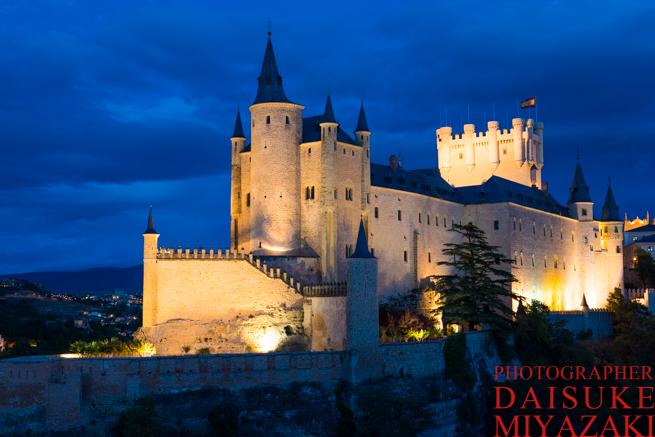 セゴビア城のライトアップ