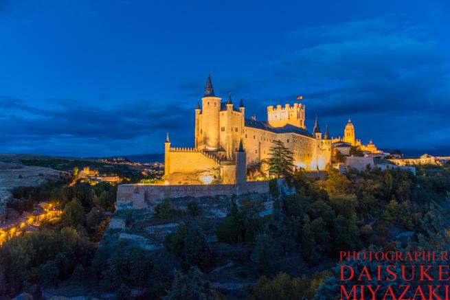 セゴビア城はカリオストロ城のモデル