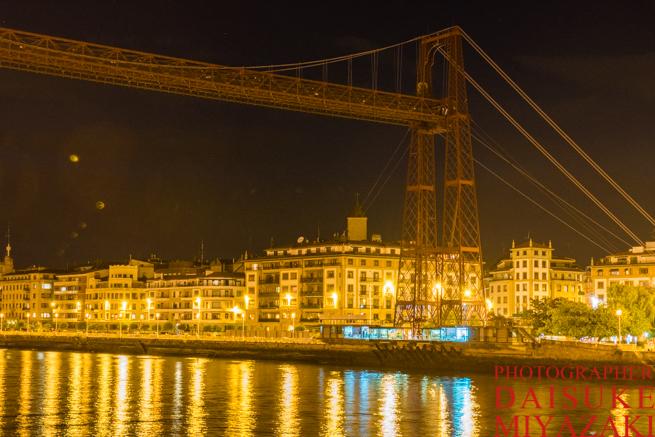 スペインのレトロな吊り橋