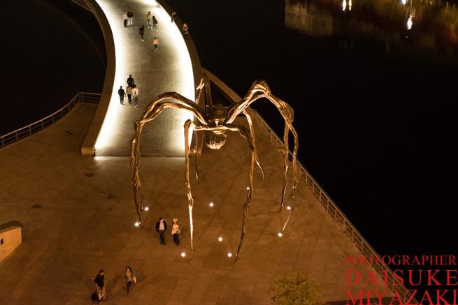 グッゲンハイム美術館のクモ