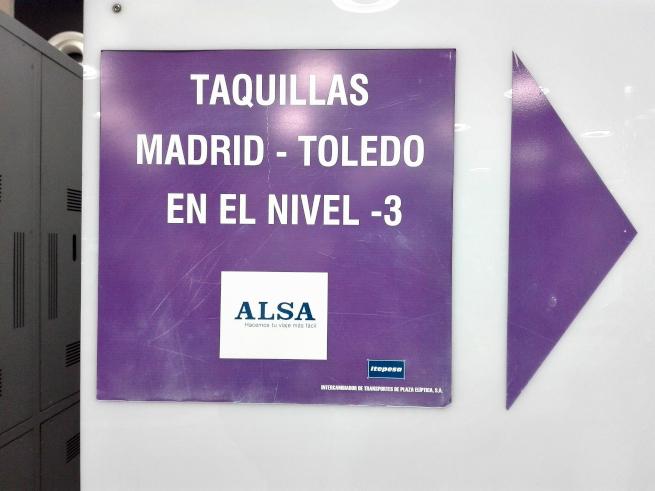 マドリードからトレドへ向かうバスのチケット売り場