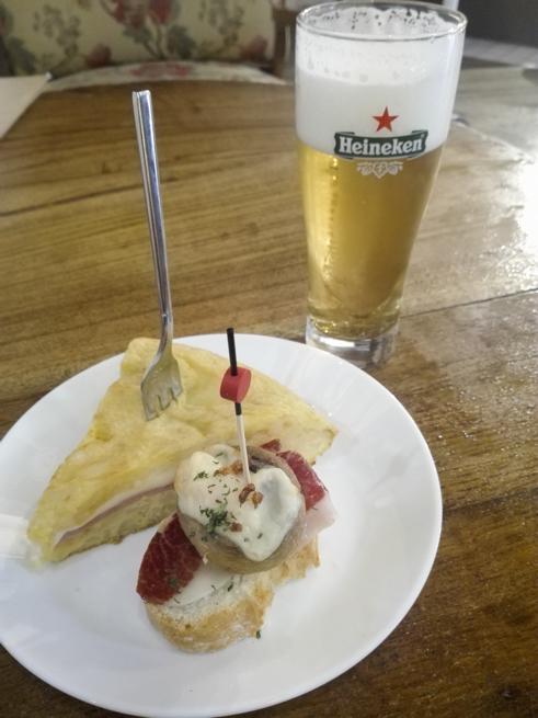 ビルバオのピンチョスとビール
