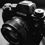 FUJIFILMのミラーレスカメラを手に入れてから買ったカメラグッズを紹介します