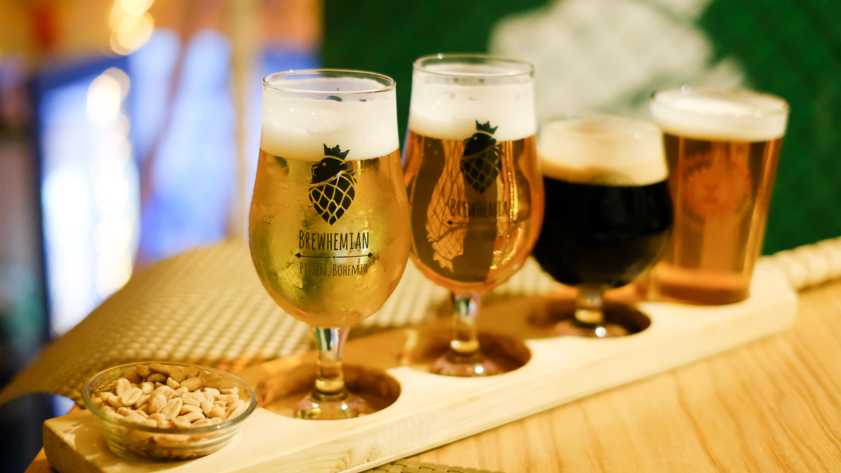 ピルゼンのおすすめレストランPivstro Brewhemian Beer Bistroでビールの飲み比べをしよう