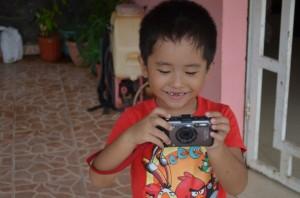 青年海外協力隊のカメラは防水・防塵コンデジと一眼レフの2台持ちが絶対おすすめ。